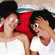friends-laughing-beach